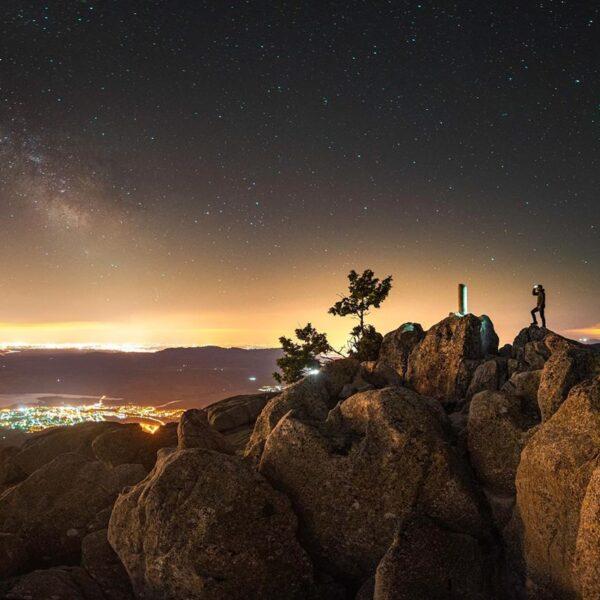 Cumbre del Yelmo viendo las estrellas