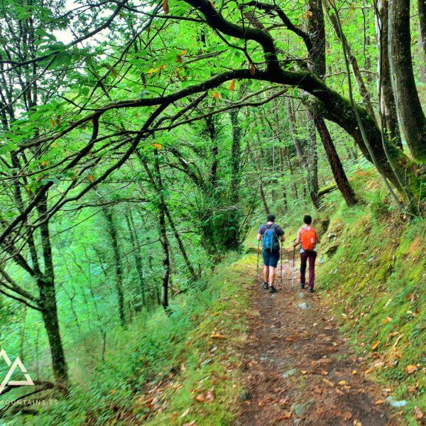 3.los-oscos-galicia-asturias-con-three-mountains